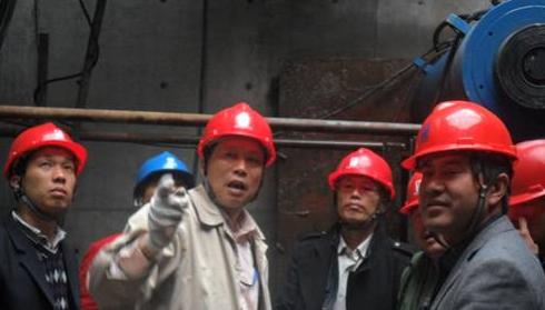 南京莫愁~宁海路电缆隧道顺利完成顶管吊装